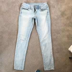American Eagle Lightly Ripped Light Colored Jeans